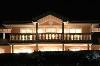 Villa WellnessHomes Moetz