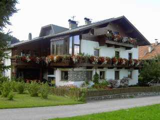Gästehaus Heis Nina und Martin Oberperfuss