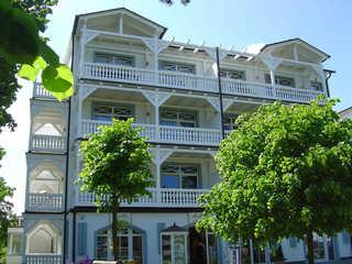 Villa & Haus Strandburg by Rujana