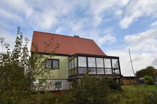 Land-Ferienwohnung und Ferienzimmer F 98