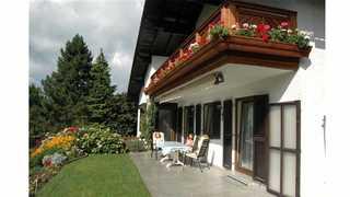 Gästehaus PILLINGER - 3 Edelweiß Mondsee on Lake Mondsee