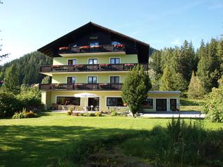 Hotel Garni, Landhaus Kleine Fluchten *** Bad Mitterndorf