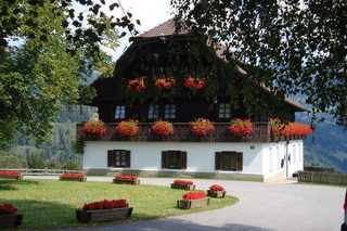 Ferienhaus Birkenhof, Ferienwohnungen Grafhube Treffen am Ossiacher See