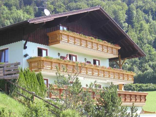 Haus Klaushofer, Blick vorn