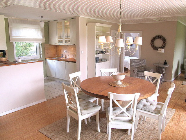 Obj 55 ferienhaus i landhausstil 2 6 pers kamin sauna for Kamin landhausstil